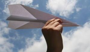 aereo carta mano cielo xG00