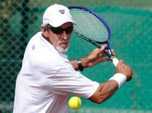 Tennis giocatore over