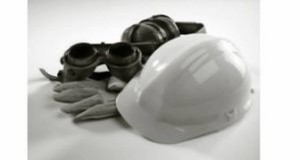 casco e guanti lavoro