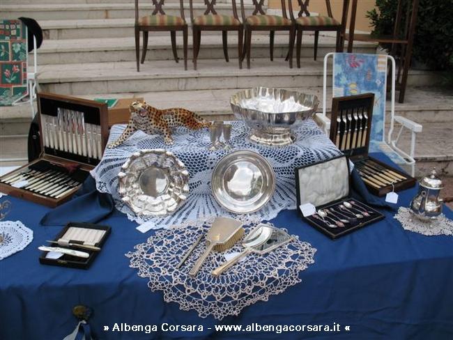 A loano torna il mercatino di antiquariato e collezionismo for Mercatini antiquariato 4 domenica