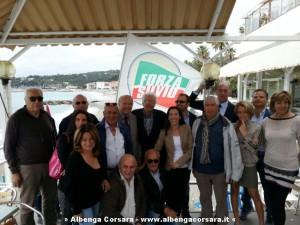 Ronzulli a Varazze con alcuni componenti del Club Forza Silvio da lei appena battezzato - 20-05-2014