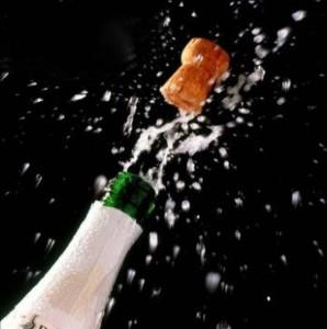 bottiglia tappo festeggiamento generica1