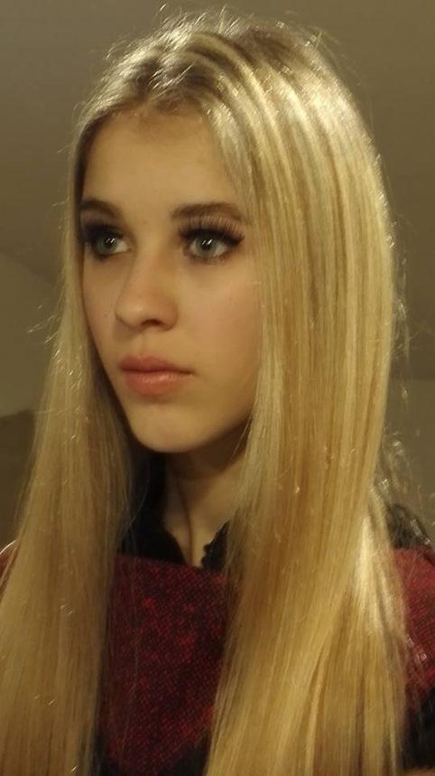 02 - Zoe Nochi