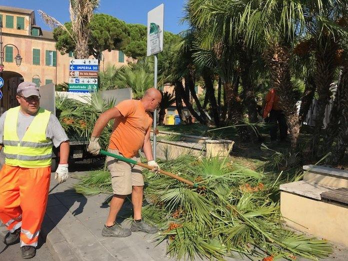 02 – Piazza del popolo pulizia Albenga