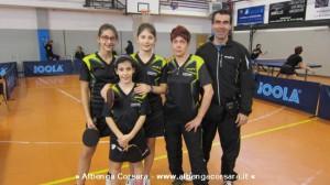 gruppo delle ragazze del Toirano a Verzuolo, con l'allenatore Andrea Marino