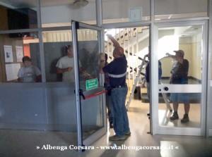 4 - Porta ingresso Comune di Andora rimozione