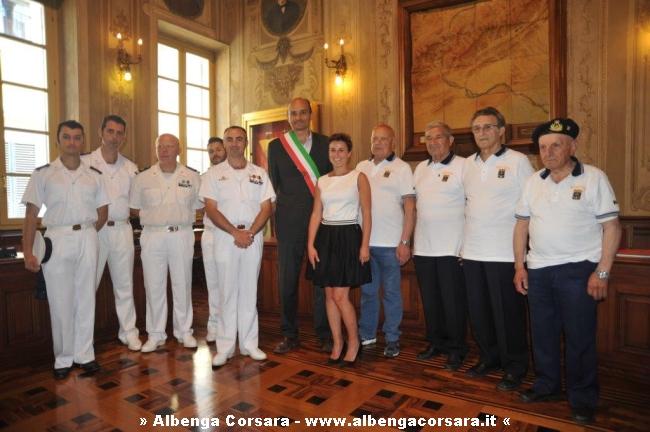 Finale incontro tra il sindaco Frascherelli e il Comandante della Nave Scuola Palinuro