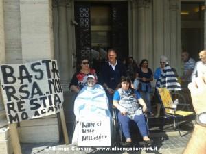 Presidio disabili2 Genova 18-6-2014