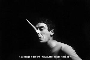 1 CARMELO BENE PINOCCHIO 1966 FOTO DI CLAUDIO ABATE