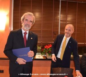 Elio Menzione con Vincenzo Raimondo, presidente del Rotary di Alassio