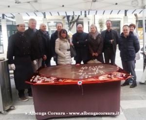 2 - Inaugurazione Art & Ciocc cuore cioccolato