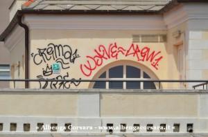 1 - graffiti _tetto_b - Andora