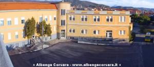 Loano, il piazzale della scuola Media Ramella.
