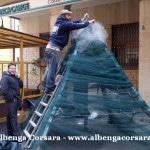 17 Loano costruzione Albero di Natale con materiale di riciclo e differenziata 9