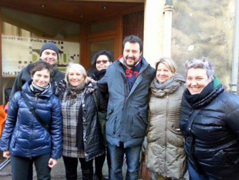 02 - Rosy Salvini
