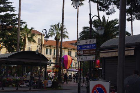 Albenga16 fp Piazza Popolo 1
