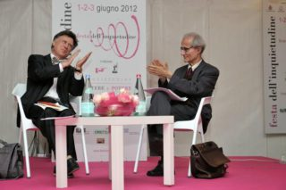 Valerio Meattini con Luciano Canfora a Finale Ligure in occasione della Festa dell'Inquietudine 2012 (ph © Pierluigi Schiappapietre)