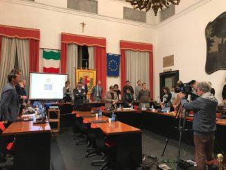 Consiglio Comunale Albenga silenzio 2017