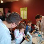 04 Piccoli scienziati al microscopio