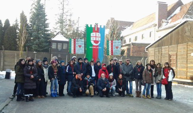 Una delegazione Liguria in visita ad Auschwitz (foto Archivio 2015)