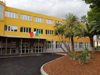 facciata scuola Benedetto Croce Andora