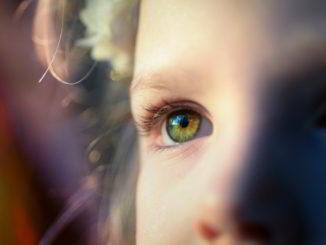 bambino occhio