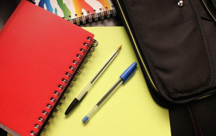 scuola quaderni penne