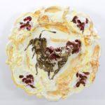 14 Lucio Fontana Corrida 1950 terracotta smaltata oro al terzo fuoco cm 50 Collezione Privata