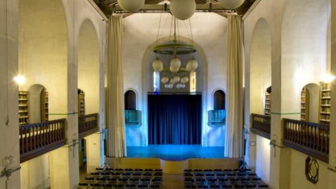 Interno ex chiesa anglicana - Alassio