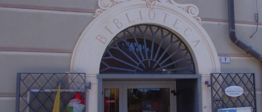 Entrata Biblioteca Civica Deaglio Alassio