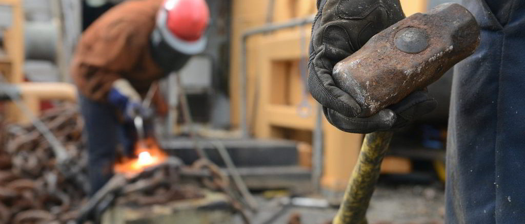 lavoratori in un cantiere
