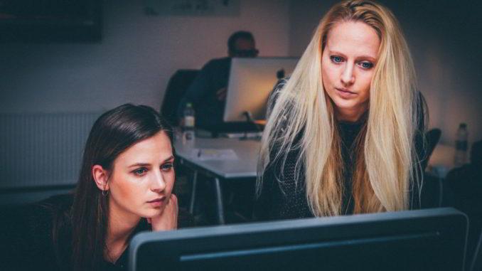 Lavoro giovani donne
