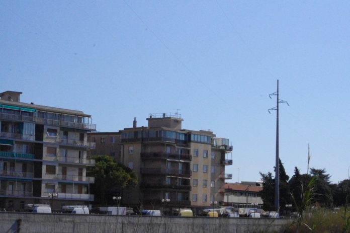 01 Nuovo mercato lungocenta Albenga effe