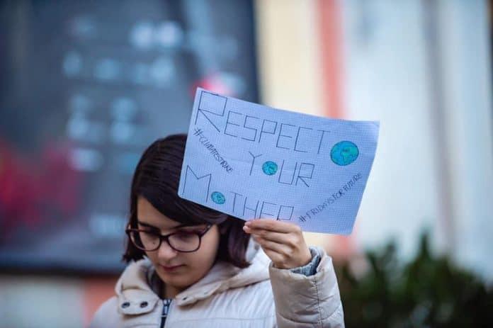 04 Fridays for Future Genova in piazza De Ferrari