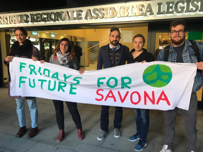 06 Fridays For Future Genova e Savona in Consiglio Regionale 1