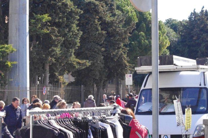 08 Nuovo mercato lungocenta Albenga effe