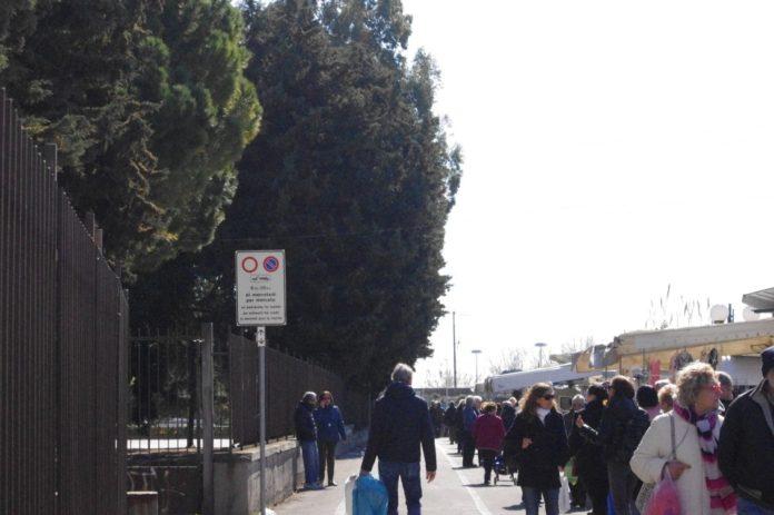 09 Nuovo mercato lungocenta Albenga effe