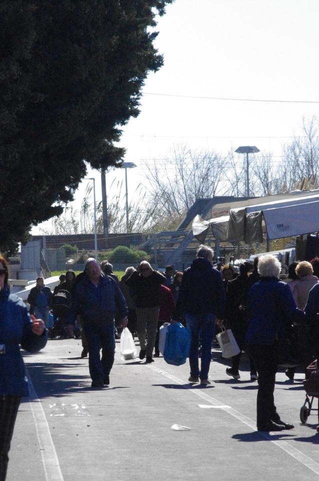 11 Nuovo mercato lungocenta Albenga effe