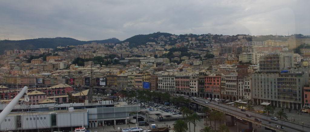 Genova vista sul porto antico