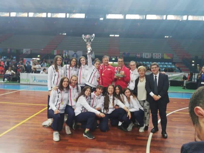 03 Liceo Giordano Bruno di Albenga Campione dItalia Femminile 1