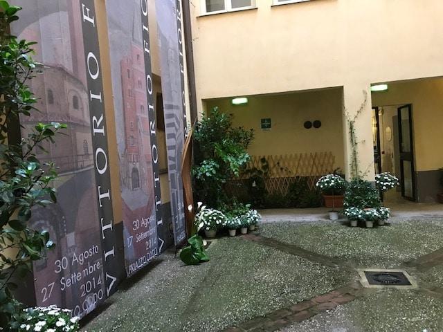 12 Intitolazione Corte di Palazzo Oddo a Vittorio Fiori Albenga 2019