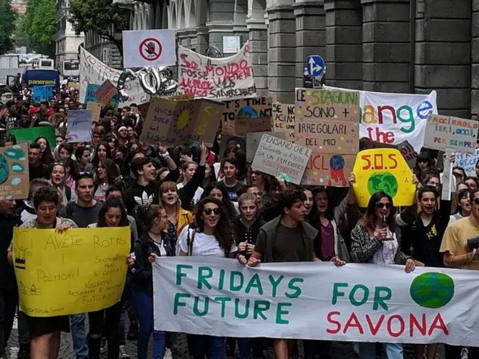 Fridays for Future giovani a Savona