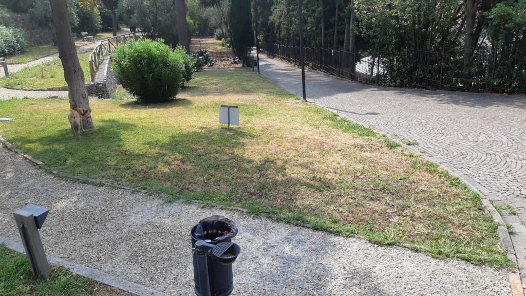 02 Cura del verde di Villa Fiske Alassio