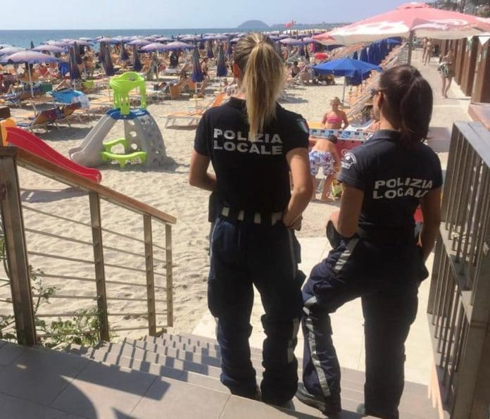 03 Controllo spiagge a Ceriale