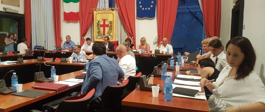 Una seduta del Consiglio comunale di Albenga