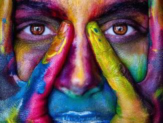 occhi viso colorato