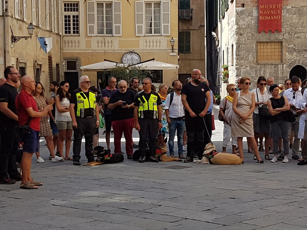 04 Commemorazione vittime crollo Ponte Morandi ad Albenga flash mob 4