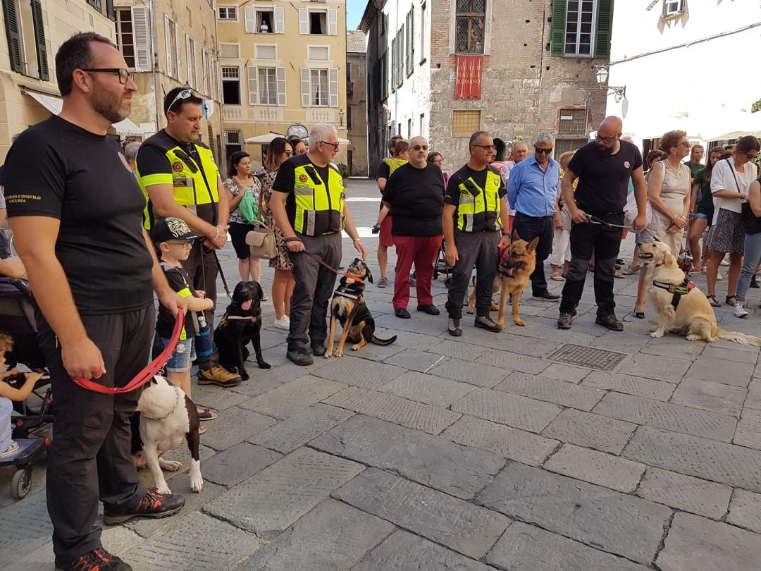 05 Commemorazione vittime crollo Ponte Morandi ad Albenga flash mob 5