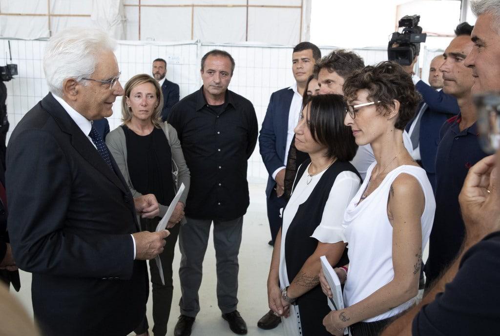 Il Presidente della Repubblica Sergio Mattarella con i familiiari delle vittime del crollo del Ponte Morandi