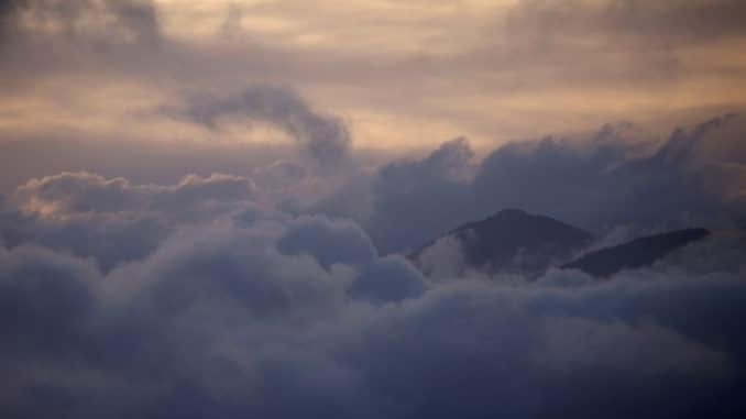 Nuvole e Alpi liguri